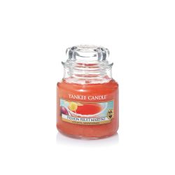 Candele profumate Yankee Candle color arancione  Passion Fruit Martini Small Jar online - Prezzo:   11.90 €