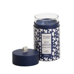 Candele Yankee Candle online  color blu  Misty Mountains Boxed Pillar online - Prezzo:   21.90 €