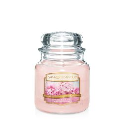 Candele profumate Yankee Candle color rosa  Blush Bouquet Medium Jar online - Prezzo:   24.90 €