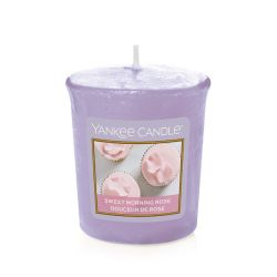 Candele profumate Yankee Candle color viola  Sweet Morning Rose Votive Candle online - Prezzo:   2.65 €