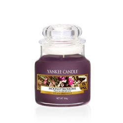 Candele profumate Yankee Candle color viola  Moonlit Blossoms Small Jar online - Prezzo:   11.90 €