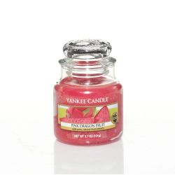 Candele profumate Yankee Candle color rosa  Pink Dragon Fruit Small Jar online - Prezzo:   11.90 €