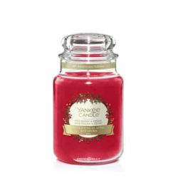 Candele profumate Yankee Candle color rosso  Red Berry & Cedar online - Prezzo:   29.90 €