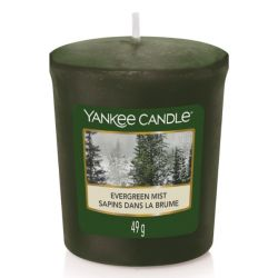 Candele profumate Yankee Candle color verde  Evergreen Mist online - Prezzo:   1.98 €