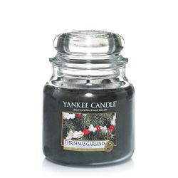 Candele profumate Yankee Candle color verde  Christmas Garland Medium Jar online - Prezzo:   18.68 €