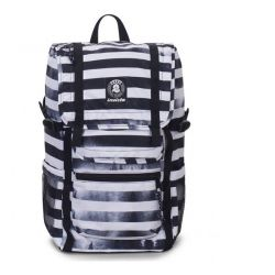 Zaino Invicta color bianco e nero  Triko Backpack Black Striped Forest online - Prezzo:   52.50 €
